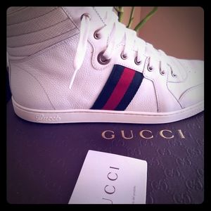 Men gucci sneakers size 9 (gucci) US size 10